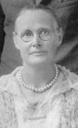 A photo of Margaret Lou Bass