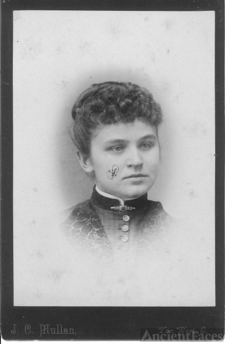 Unknown Lady, Ohio