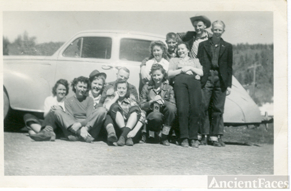 class of 1944 Bayfield, Colorado