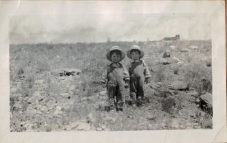 Keith and Kenneth Doggett, 1915