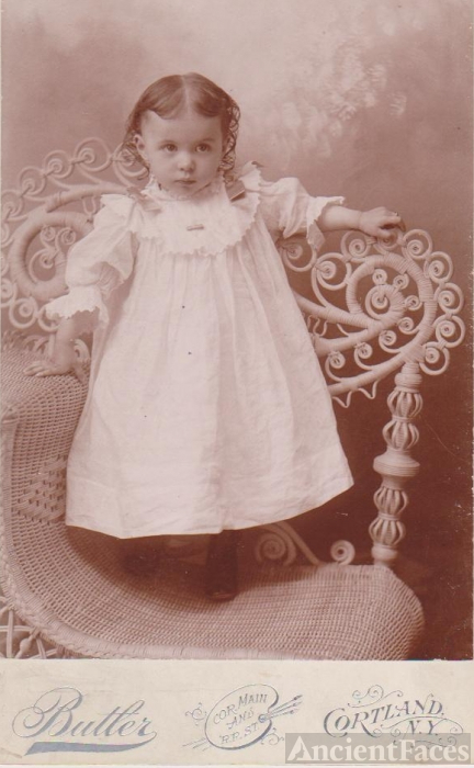 Butler Photograph of Unknown Girl