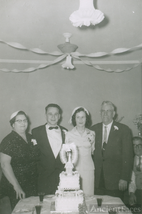 James Rizon Bowler & family, Canada