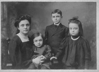 Children of George Eastman Wright and Emma Smythe