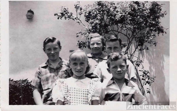 Elena Russell and Her Children