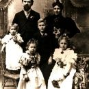 Harriett Martineau Fishback Family, 1903