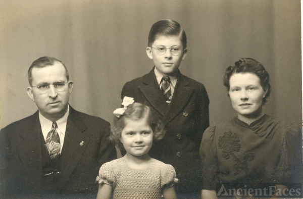 Harry Callman family 1940's