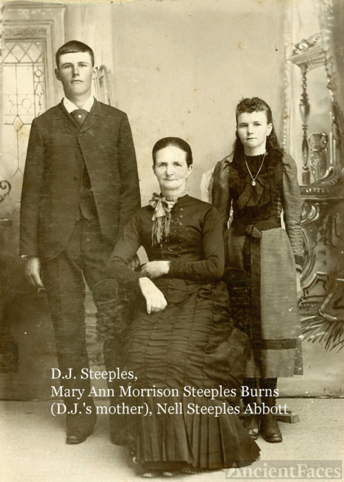 Dj, Mary Ann, and Nell Steeples