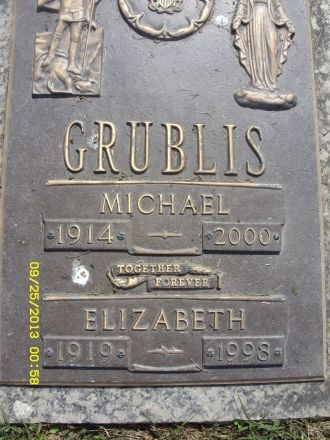 Elizabeth and Michael Grublis gravesite