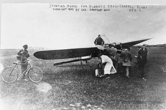 [Starting motor for Louis Blériot's cross-channel flight]