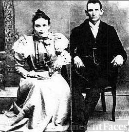Aleri McCulley Wedding Photo