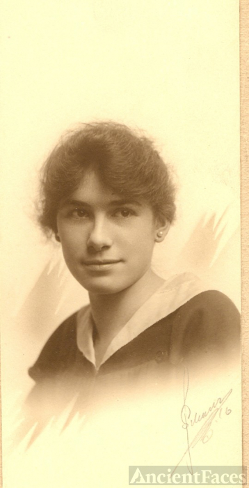Clara L. Meyer graduation 1914