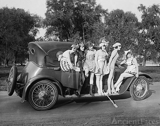 Mack Sennett girls