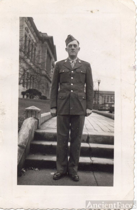 Bobby in England 1944