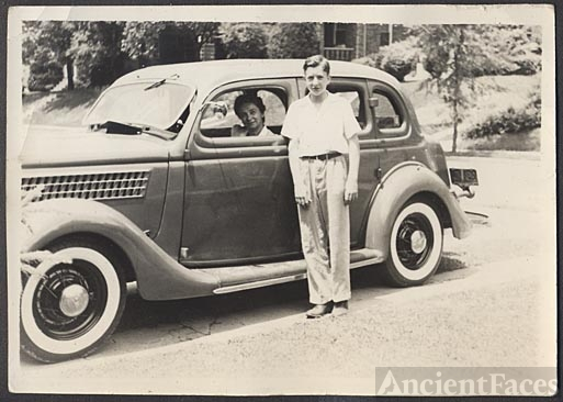 Emmering family, 1935 FORD