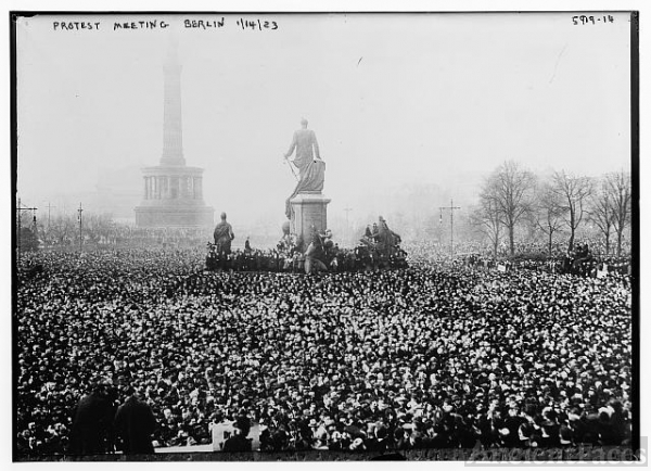 Protest meeting in Berlin, 1923
