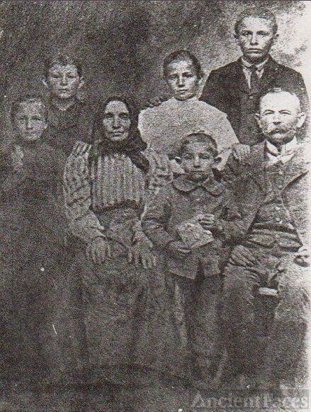 Galgoczi Family from Hungary