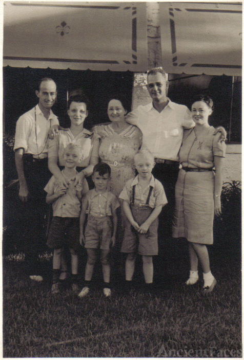 Zella (Bishop) Bennett with Her Family