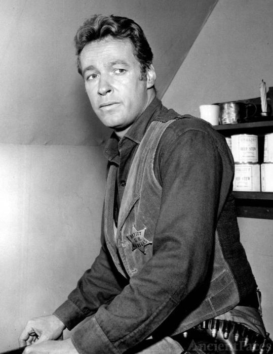 Russell Johnson - The Professor on Gilligan's Island