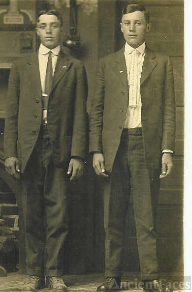 Ed & Fred Tyree, Twin Brothers