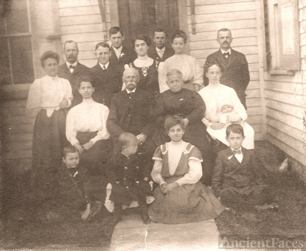 Amariah and Mary Ellen (Myers) SMITH Family