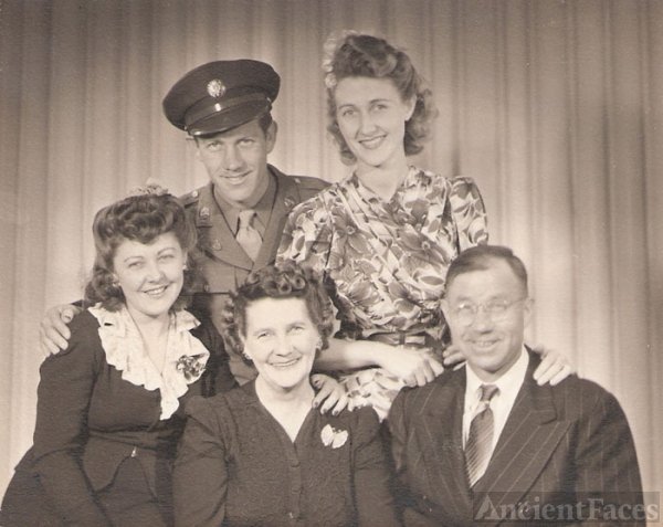 Doble Family, 1941 California
