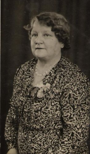 A photo of Annie Margaret (Buchanan) Henneman