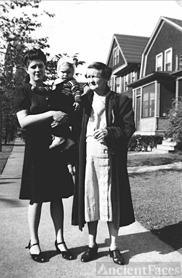 Shirley, George, and Alice Wolf, 1941