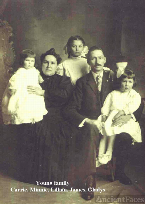 James A. and Minnie (Colvin) Young family, New York