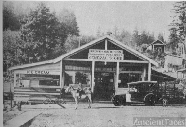 Brehm & Matheson General Store, Washington c1920