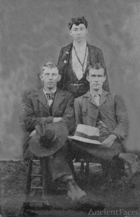 Linsey Price with two of his Blankenship step-brothers about 1855 in Daviess county Missouri.