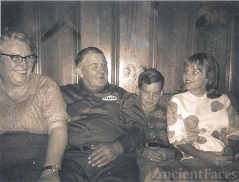 CLARENCE E. STAFFORD FAMILY WITH GRANDCHILDREN