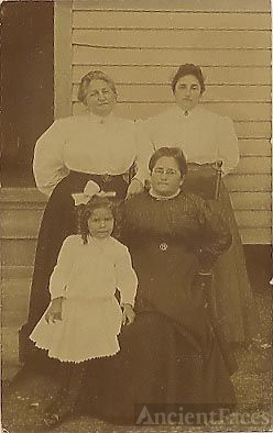 Eva, Zippora, Roselle, and Little Harriet