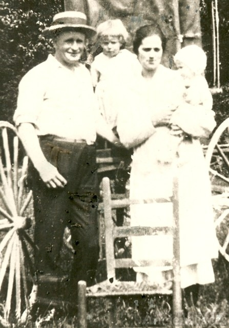 The Daniel Marion Grider Family