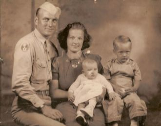 Vandevere Crew Family, Iowa 1945