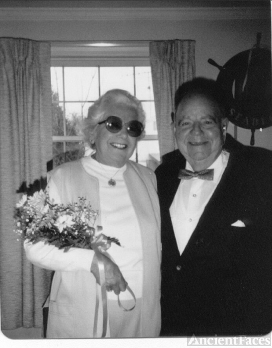 Bill and Gladys Heidke on the wedding day