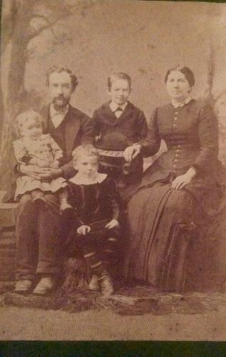 Unknown Family, Iowa