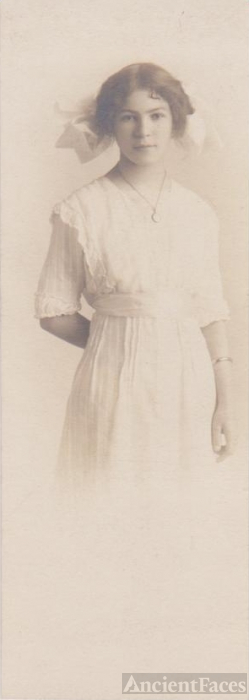 Unknown Young Lady  circa 1905