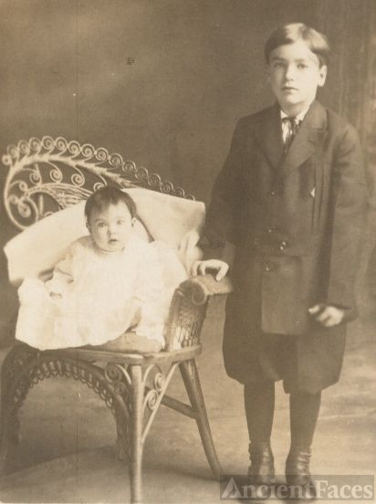 baby Helen and brother Russell Paine