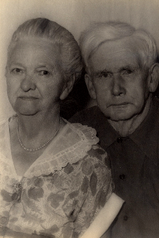 Bertha & Frank Wallace