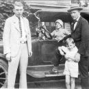 Jewel, Ora, Harrison Jr and Harrison Holcomb Sr