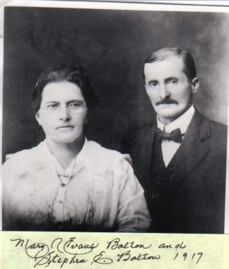 Older couple Stephen & MaryAnn E. Bolton