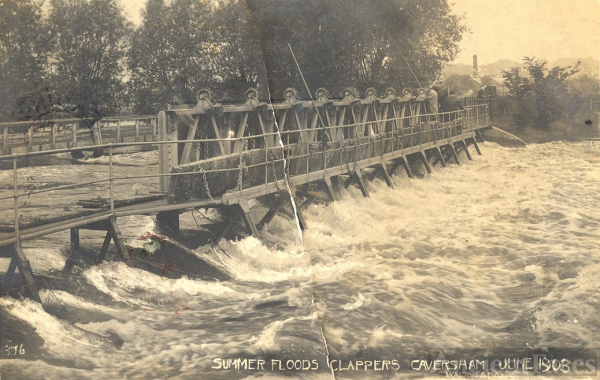 Summer Floods, Clappers Caversham 1903