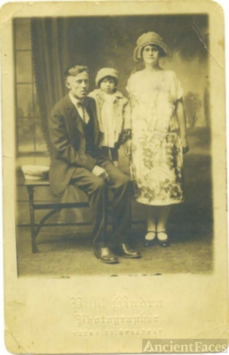 William, Etta & Pauline Gillihan