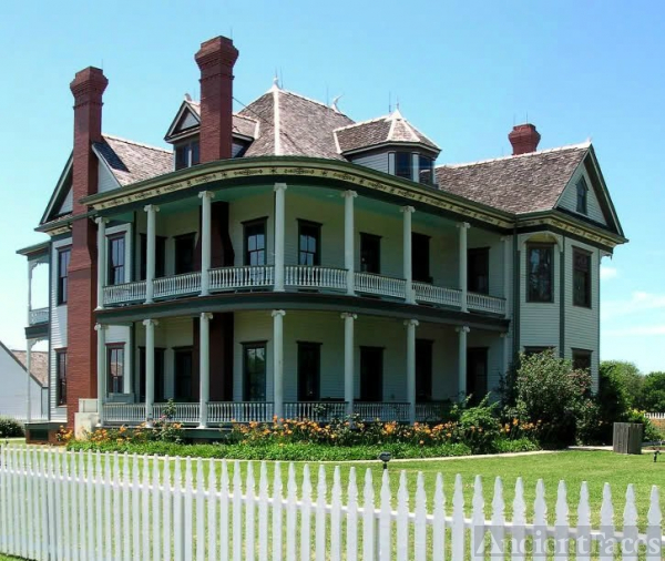 Davis house, 1860, The George Ranch