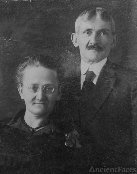 Levesque or Ouellet family members