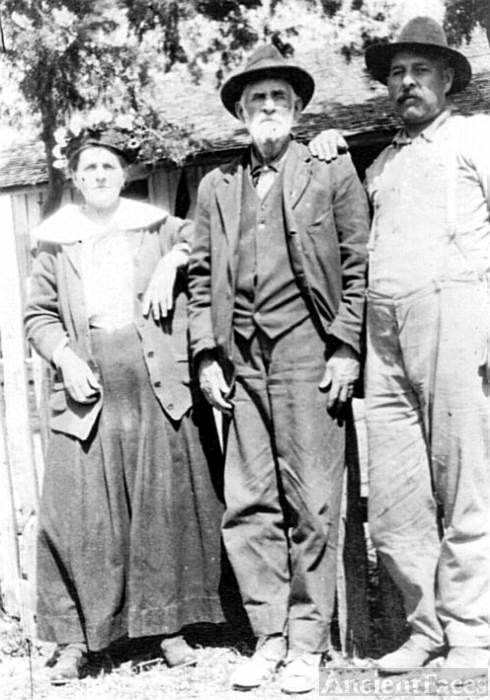 Eli Henry Brewer & family, Mississippi