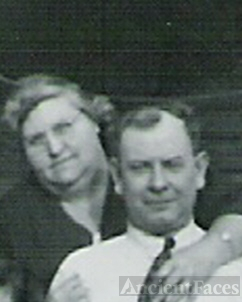 Nettie Mae Tasker Mills and Roy Alvin Mills