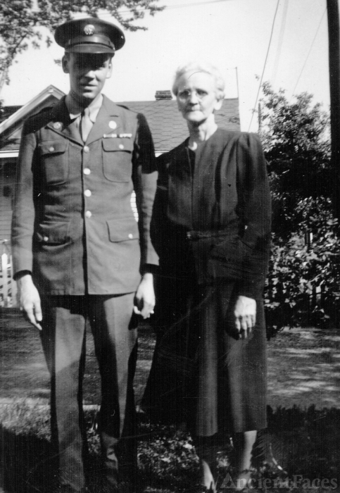 Robert & Minnie Kabrich, Virginia