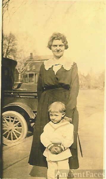 Mrs. Carl (Bertha Sheeks) Williams With Their Son