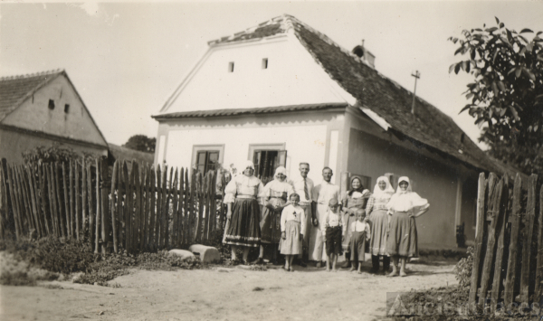 Galla Family Visit 1938